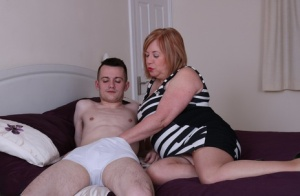 CFNM Moms Porn