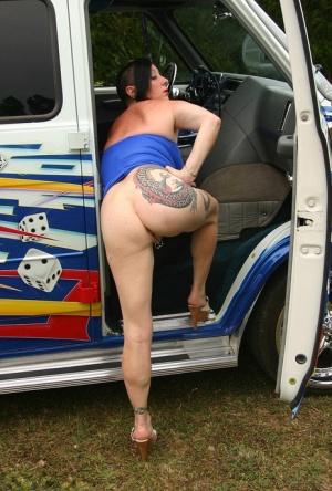 Moms Tattoo Porn