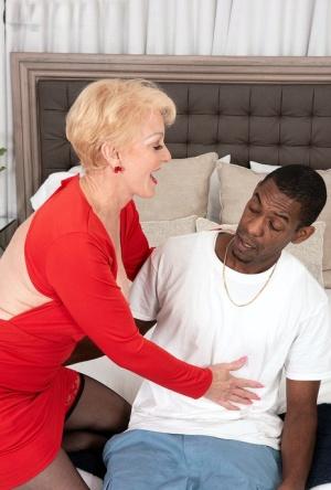 Interracial Moms Porn