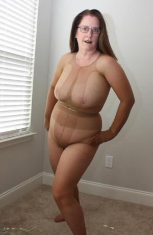 Pantyhose Moms Porn
