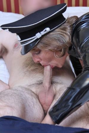 Moms In Latex Porn