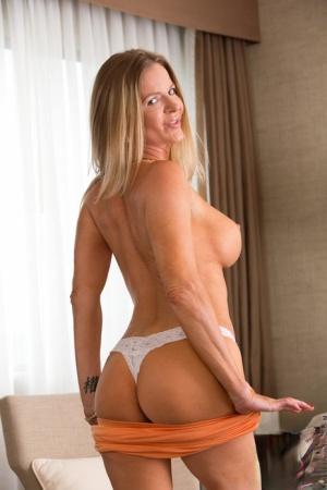 Moms In Thongs Porn