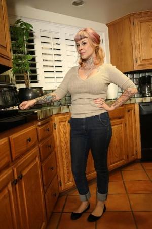 Moms In Kitchen Porn