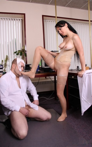 Sucking Moms Toes Porn