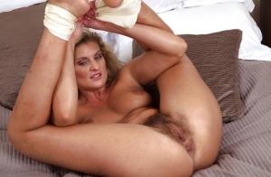 Flexible Moms Porn