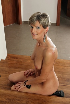 Moms On Knees Porn
