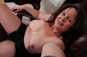 Moms Nude Selfies Porn