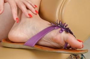 Moms Feet Porn