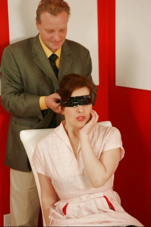 Blindfolded Moms Porn