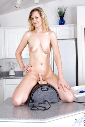 Moms Fucking Machine Porn